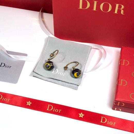 Exquisite Christian Dior Bee Earrings CDJW036