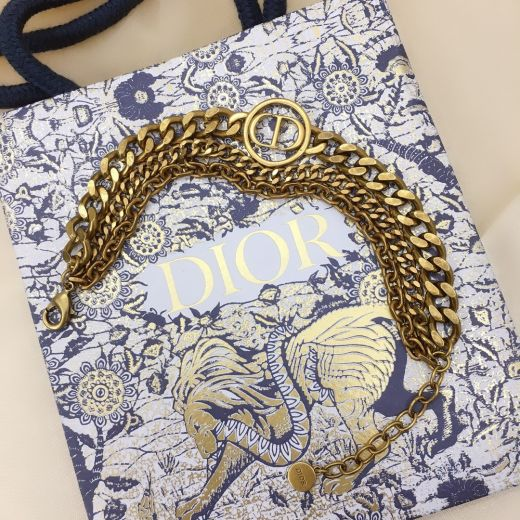 Summer Hot Selling  Christian Dior30 Montaigne Classic CD Logo Circle Pendant Antique Brass Faux Multi-chain Bracelet For Ladies