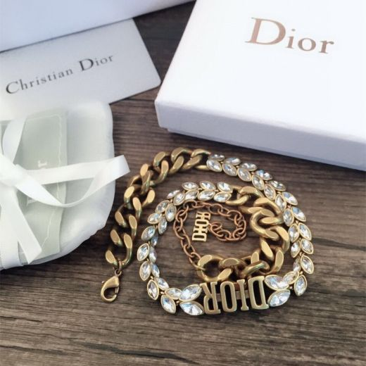 Spring Fashion Christian Dior DIOR Logo Charm Antique Brass Thick Chain Females Marquise Diamond Faux Necklace