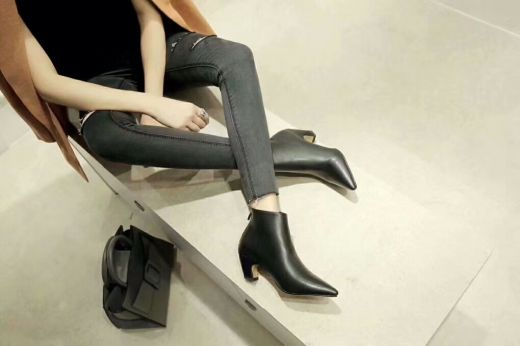 Celebrity Style Christian Dior 5cm Heels Black Leather Pointed Toe Zippered High-heeled Shoes For Womens Replica
